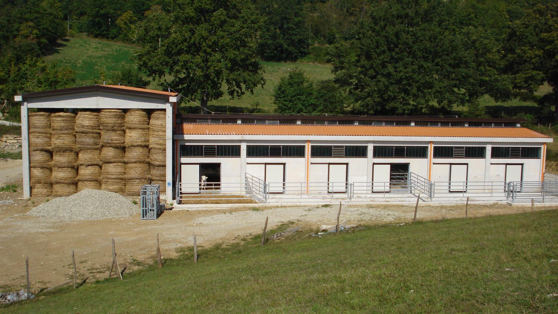 Impianti Zootecnici in Cemento Armato Prefabbricato